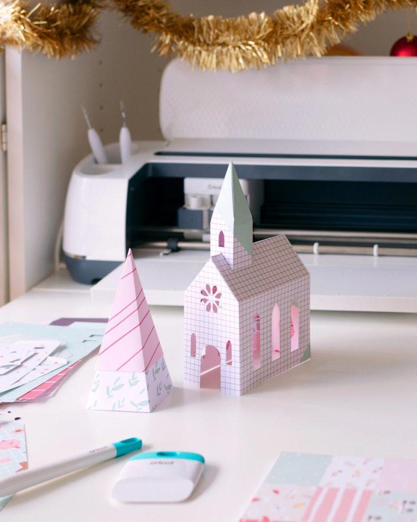 Poblado navideño hecho con papel con Cricut Maker por Sami Garra